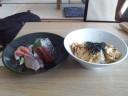 江の島丼とおさしみ